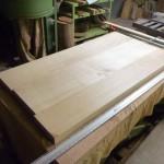 栓の木のダイニングテーブルの制作・2