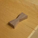 栓の木のダイニングテーブルの制作・3