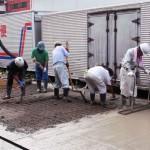 工場の土間のコンクリートを打ち直す2