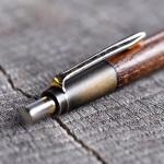 推定6年ものの桑のペンの修理