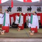 地元の秋祭りで浦安の舞を撮るように頼まれ…